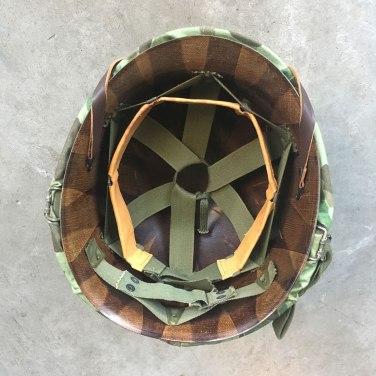 Korean-War-USMC-Camouflage-M-1-Helmet-1953-Complete